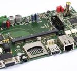 Mikrocontroller Board mit SSD Karte und USB